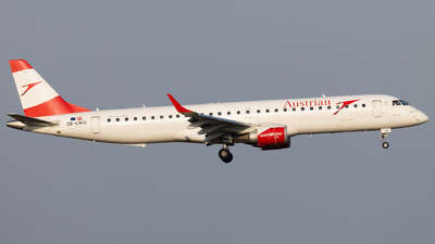 A picture of OELWQ - Embraer E195LR - Austrian Airlines - © Alexander Jeglitsch