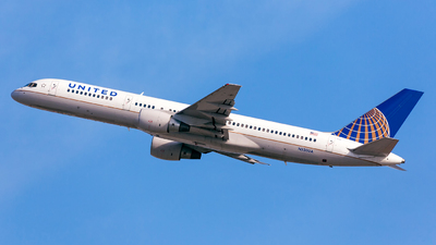 N520UA - Boeing 757-222 - United Airlines