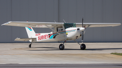 VH-DTW - Cessna 150M - Private