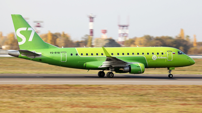 A picture of VQBYB - Embraer E170STD - S7 Airlines - © Alexandr Balykin