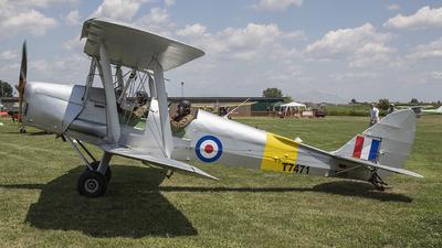 D-ESYS - De Havilland DH-82A Tiger Moth - Private
