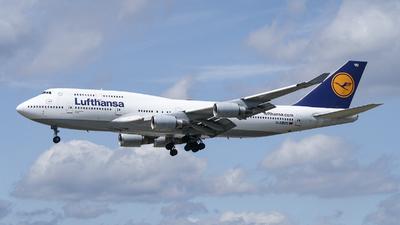 D-ABVD - Boeing 747-430 - Lufthansa