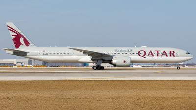 A picture of A7BEK - Boeing 7773DZ(ER) - Qatar Airways - © Martin Pinnau