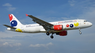 HK-4905 - Airbus A320-214 - VivaColombia