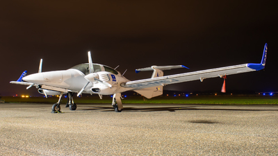 SE-MEJ - Diamond DA-42 Twin Star - Scandinavian Aviation Academy