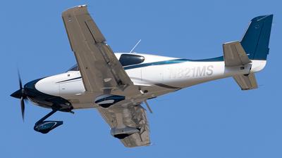 A picture of N821MS - Cirrus SR22 - [4052] - © Wes Loeffler