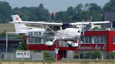 OE-DCB - Cessna 172S Skyhawk - Private