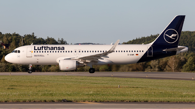 A picture of DAIWK - Airbus A320214 - Lufthansa - © Łukasz Stawiarz