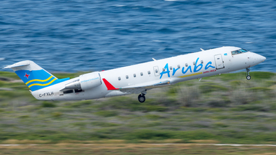 C-FXLH - Bombardier CRJ-200LR - Aruba Airlines (Voyageur Airways)
