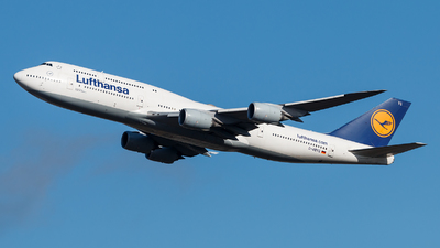 A picture of DABYG - Boeing 747830 - Lufthansa - © Alexis Boidron
