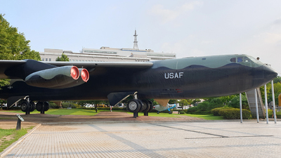 55-0105 - Boeing B-52D Stratofortress - United States - US Air Force (USAF)