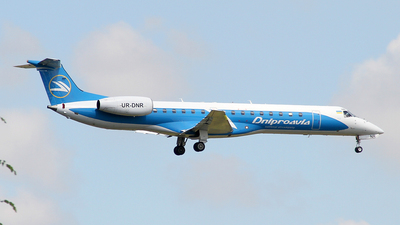 UR-DNR - Embraer ERJ-145EU - Dniproavia