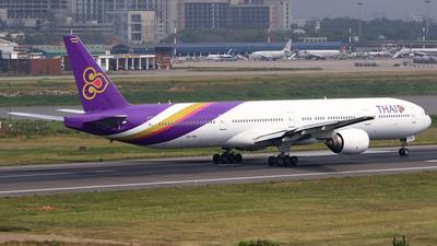 HS-TKA - Boeing 777-3D7 - Thai Airways International