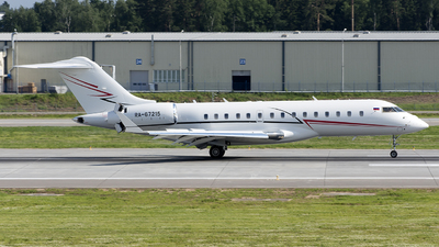 RA-67215 - Bombardier BD-700-1A10 Global Express XRS - Private