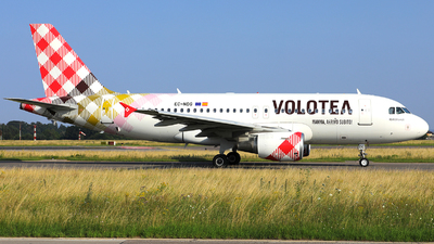 A picture of ECNDG - Airbus A319112 - Volotea - © R. Eikelenboom