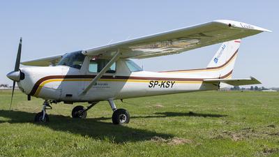 SP-KSY - Cessna 152 II - Private