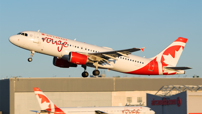 A picture of CGFCI - Airbus A320214 - Air Canada Rouge - © RZ
