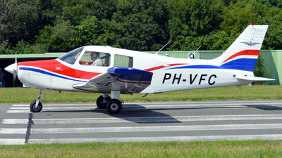 PH-VFC - Piper PA-28-161 Cadet - Vliegclub Flevo