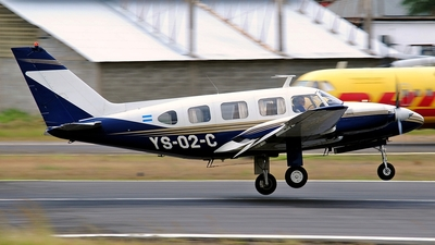 YS-02-C - Piper PA-31-310 Navajo - Private