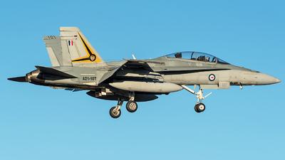 A21-107 - McDonnell Douglas F/A-18B Hornet - Australia - Royal Australian Air Force (RAAF)