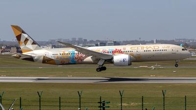 A picture of A6BLO - Boeing 7879 Dreamliner - Etihad Airways - © Sotos