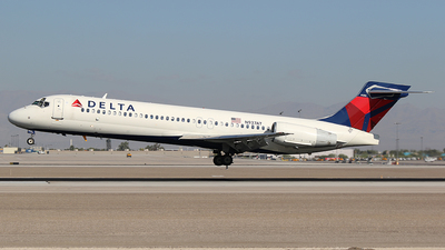 N937AT - Boeing 717-231 - Delta Air Lines