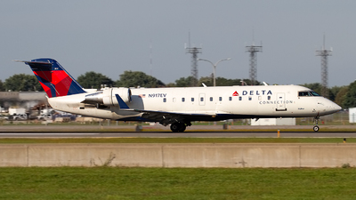 A picture of N917EV - Mitsubishi CRJ200LR - Delta Air Lines - © Jeremy D. Dando