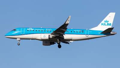 A picture of PHEXH - Embraer E175STD - KLM - © kevin.hackert