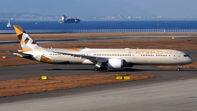 A6-BMF - Boeing 787-10 Dreamliner - Etihad Airways