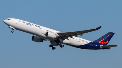 OO-SFV - Airbus A330-321 - Brussels Airlines