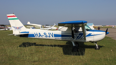 HA-SJV - Cessna 150M - Private