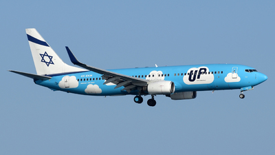 4X-EKM - Boeing 737-804 - Up