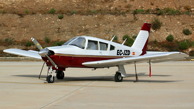 EC-JZD - Piper PA-28R-200 Cherokee Arrow - Private