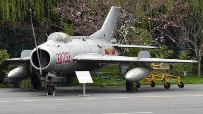 30733 - Shenyang J-6 - China - Air Force