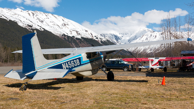 N4563B - Cessna 180 Skywagon - Private