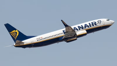 A picture of 9HQEF - Boeing 7378AS - Ryanair - © Rui Sequeira