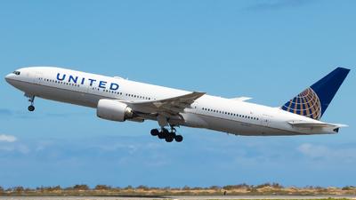 N774UA - Boeing 777-222 - United Airlines