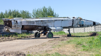 02 - Mikoyan-Gurevich MiG-25R Foxbat - Russia - Air Force