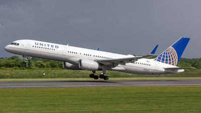 N34137 - Boeing 757-224 - United Airlines (Continental Airlines)