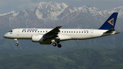 P4-KHD - Embraer 190-300STD - Air Astana