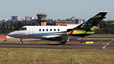 VH-RIU - Raytheon Hawker 800XP - Private