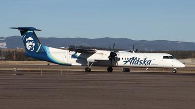 A picture of N422QX - De Havilland Canada Dash 8400 - Alaska Airlines - © Cam
