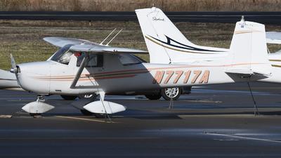 A picture of N7717A - Cessna 150E - [15060886] - © Frank Buschmann