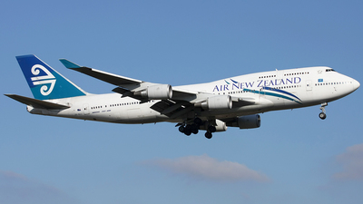 ZK-SUJ - Boeing 747-4F6 - Air New Zealand