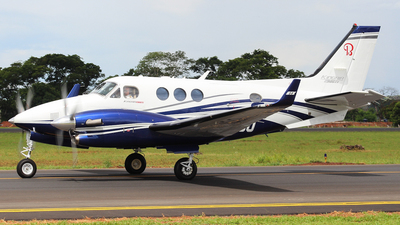 PR-IOO - Beechcraft C90GTx King Air - Private