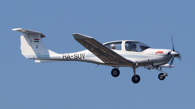 HA-SUV - Diamond DA-40 Diamond Star - Pannon Air Service