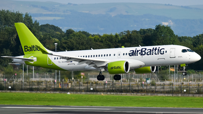 A picture of YLAAX - Airbus A220300 - Air Baltic - © A Turner - aidans_aviation
