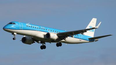 A picture of PHEZO - Embraer E190STD - KLM - © Nigel Fenwick