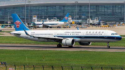 A picture of B8368 - Airbus A321271N - China Southern Airlines - © MerLiLi