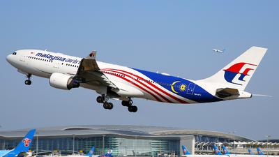 9M-MTY - Airbus A330-223 - Malaysia Airlines